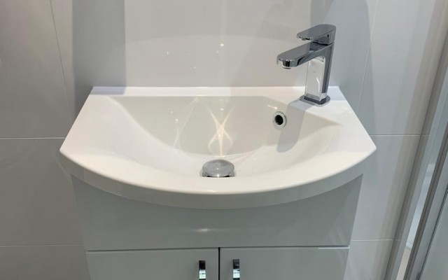 An Ensuite basin unit in Croxley Green, Rickmansworth